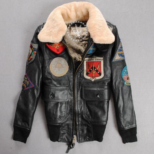 jaquetas com patches de couro diferente