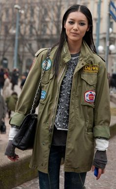 jaquetas com patches estilo militar