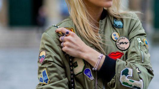jaquetas com patches fotos tipo militar