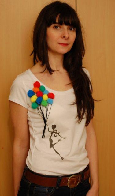 looks primavera camiseta com pompom customizada