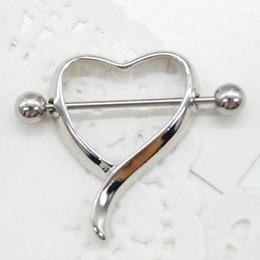 piercing-no-mamilo-coracao
