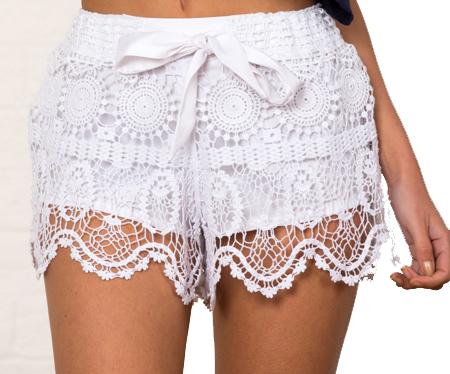 short de crochê branco