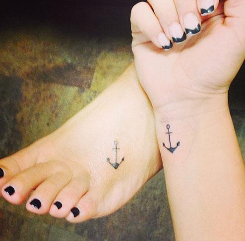 tatuagem mãe e filha ancora