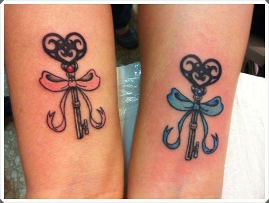 tatuagem mãe e filha igual