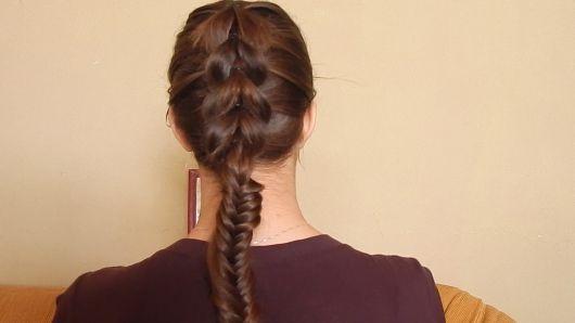 penteado com tranças diferentes