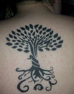yggdrassill-tatuagem-tribal