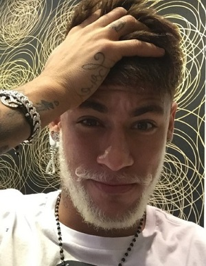 barba-platinada-branca
