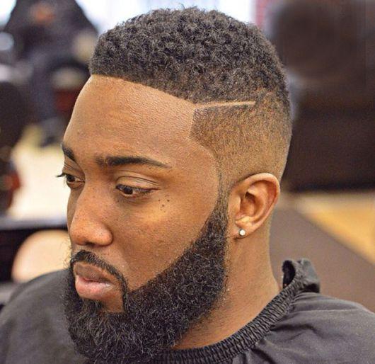 corte-de-cabelo-masculino-degrade-enrolado