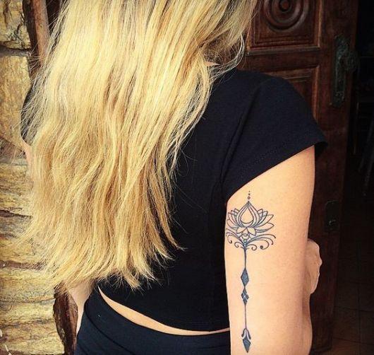 flecha-com-flor-de-lotus