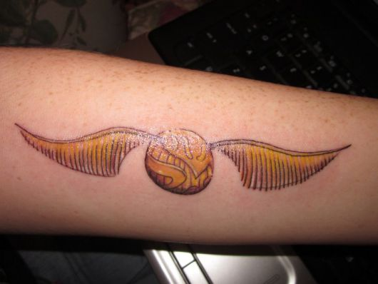 ideias-tatuagem-harry-potter-pomo-de-ouro