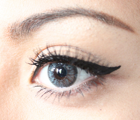 lentes-de-contato-cinza