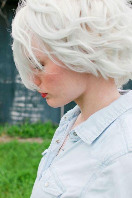 cabelo branco pintado