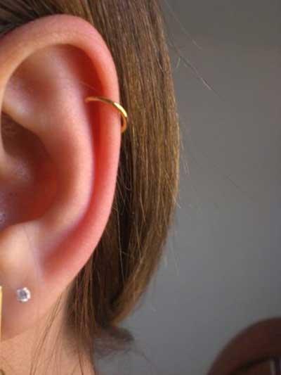 piercing-na-orelha-de-pressao