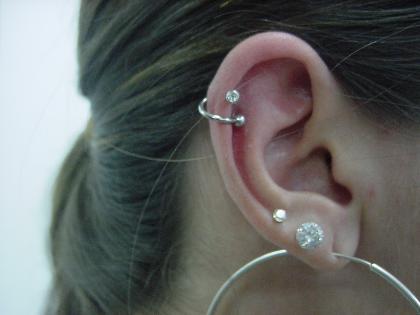 piercing-na-orelha-espiral