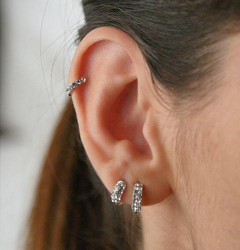 piercing-na-orelha-indiano-com-strass