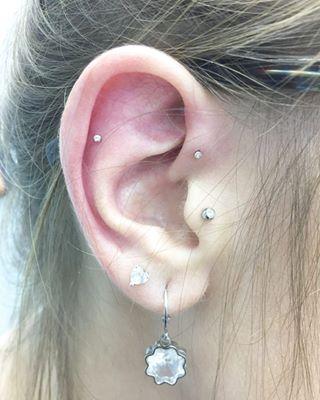piercing-na-orelha-micro-ponto-de-luz