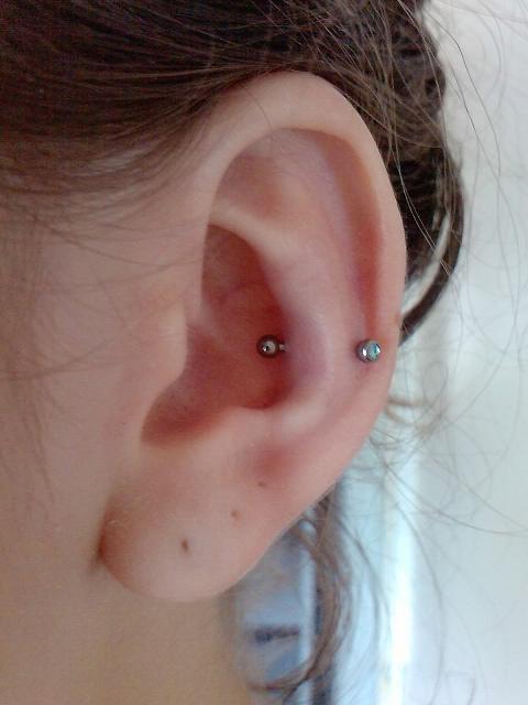 piercing-snug