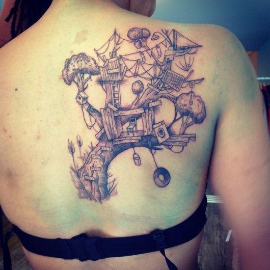 tatuagem-casa-da-arvore