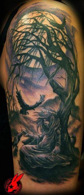 tatuagem-de-arvore-e-lua
