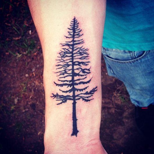 tatuagem-de-arvore-pinheiro