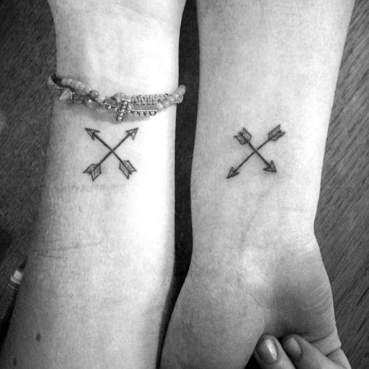 tatuagem-de-flecha-amizade