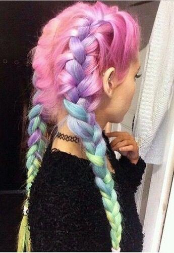cabelo com raiz rosa