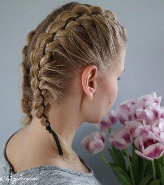 penteado com fita de cetim