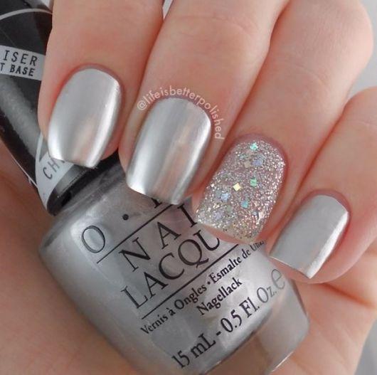 unhas-para-o-natal-simples-prata