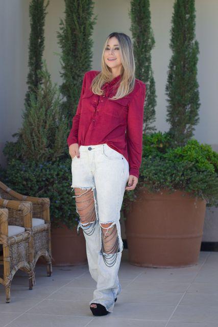 calca-com-corrente-jeans-claro