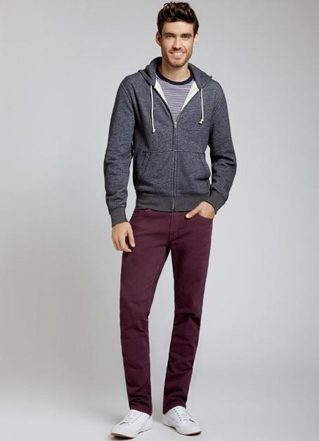 calca-vinho-masculina-jeans-como-usar