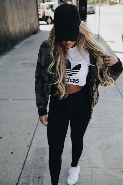 cropped-adidas-calca-preta
