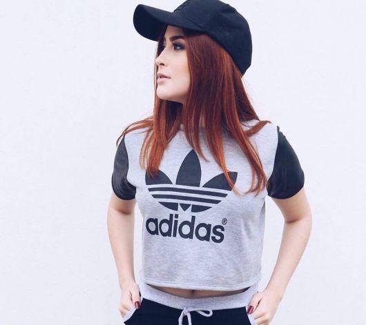 cropped-adidas-cinza
