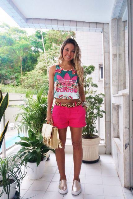 cropped-adidas-com-short-rosa