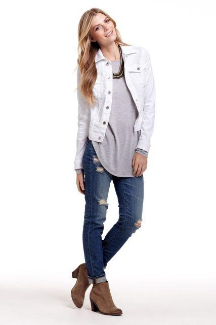 jaqueta-branca-feminina-com-jeans