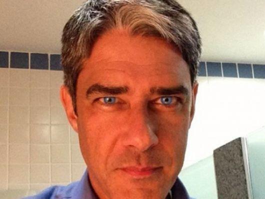 lente-de-contato-azul-bonner