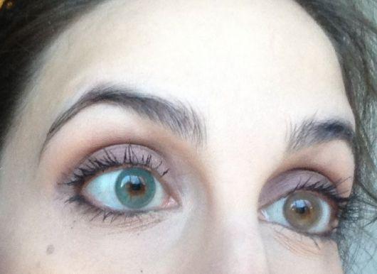 lente-de-contato-azul-olho-castanho-escuro