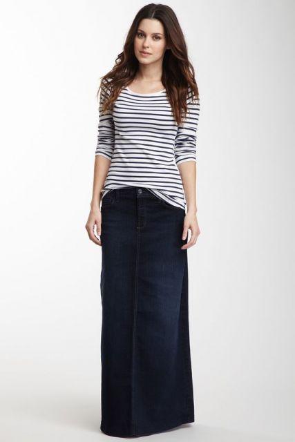 saia jeans com blusa de listras