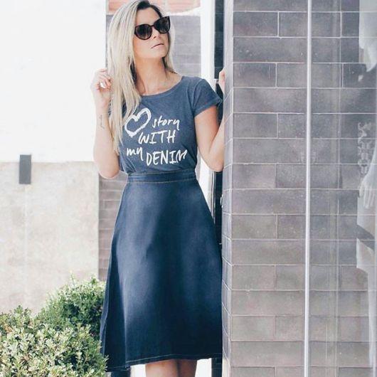 saia-jeans-midi-com-tshirt-9
