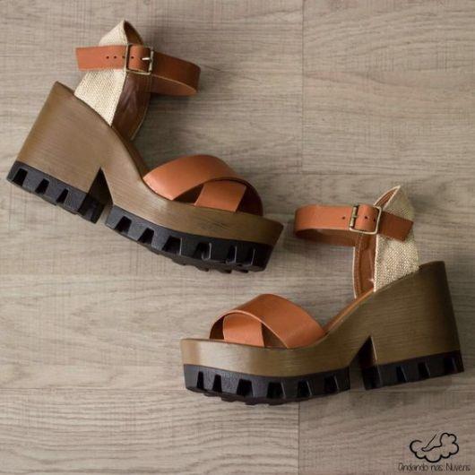 salto-tratorado-sandalias