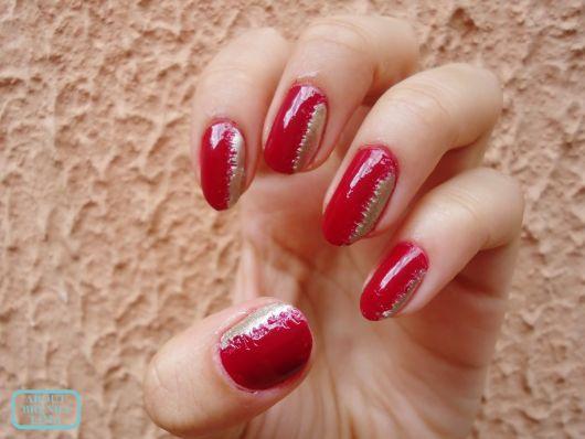unha vermelha com nail art