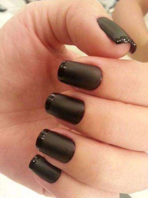 esmalte preto