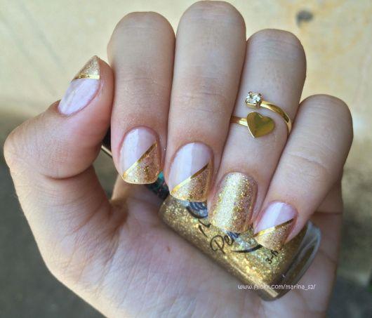 unhas-para-ano-novo-decoradas-com-dourado
