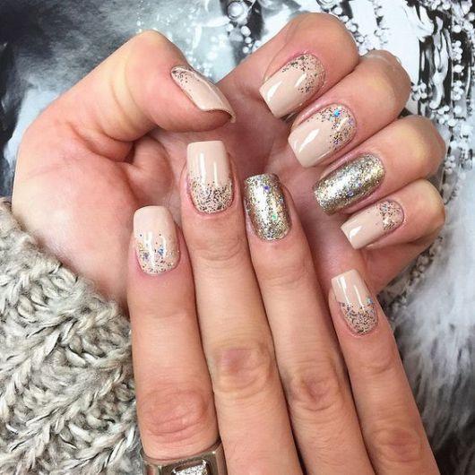 unhas-para-ano-novo-decoradas-com-glitter-1