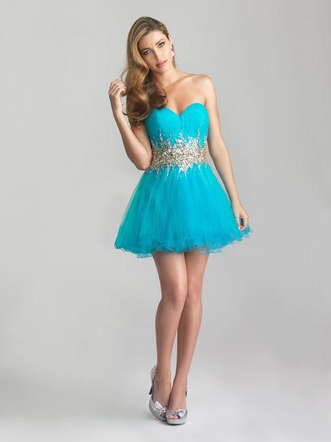 Vestido curto de festa azul tiffany