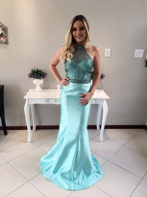 Vestido longo azul tiffany com renda