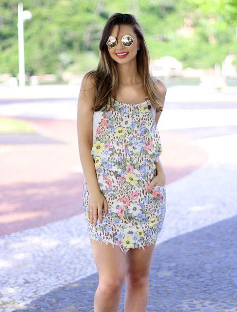 jardineira-saia-estampa-de-flor