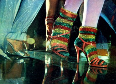 roupas-anos-70-pes-lurex