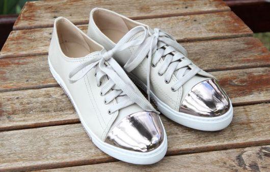 tenis-prata-metalizado-arezzo-2