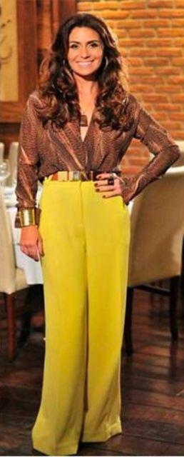 calça mostarda feminina com blusa social