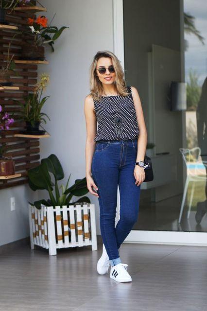 calça jeans com tênis